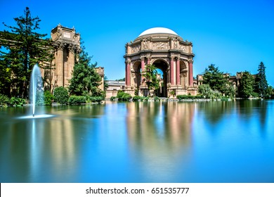 Palace of Fine Arts in San Francisco as Long Exposure