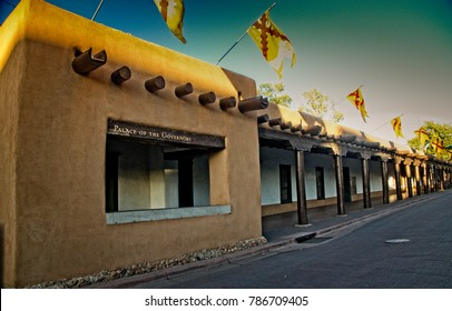 Palace of the Governors at sunset in Santa Fe, New Mexico