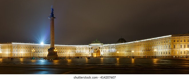 Palace Square Saint Petersburg with the Alexander Column at night