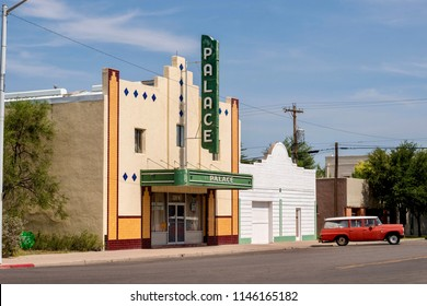 Palace theater marfa