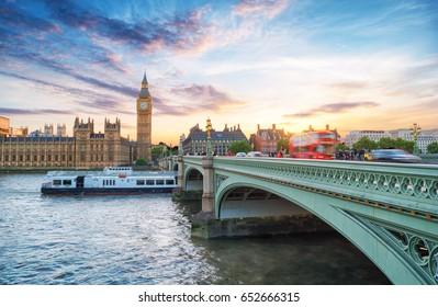 Palace of Westminster, Westminster Bridge, Big Ben at sunset