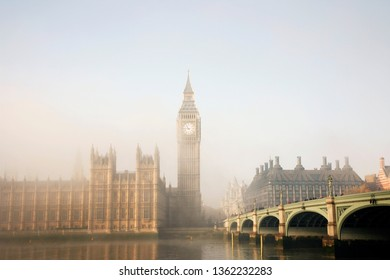 Palace of Westminster and Westminster Bridge in fog seen from South Bank