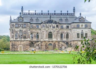 Grosser Garten In Dresden Images Stock Photos Vectors Shutterstock