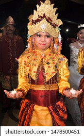 Palembang/Indonesia, August 14, 2019 : Siwa wax dance custom clothing from Palembang (tari lilin siwa)