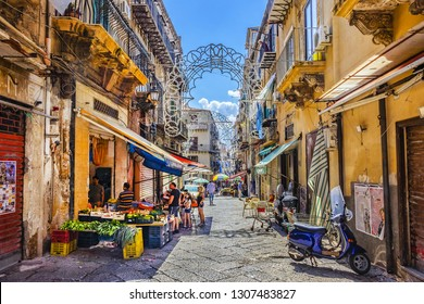 PALERMO, SICILY, ITALY - SEPTEMBER 28, 2018: Palermo street market. In Palermo is a very popular open air street market.