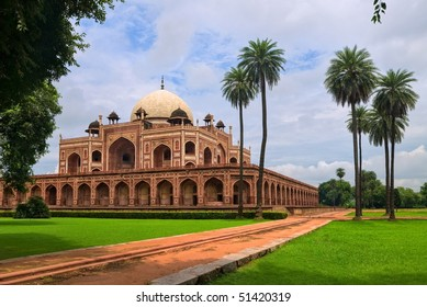 Palm garden with Mogul King Humayun's Tomb in New Delhi, India