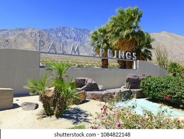 Palm Springs sign with desert background and backdrop of San Jacinto Mountain, California