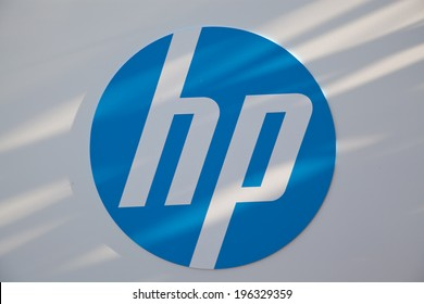 PALO ALTO, CA/USA - JANUARY 04, 2014: Hewlett-Packard corporate headquarters in Silicon Valley. HP provides hardware, software and services to consumers, businesses and government.