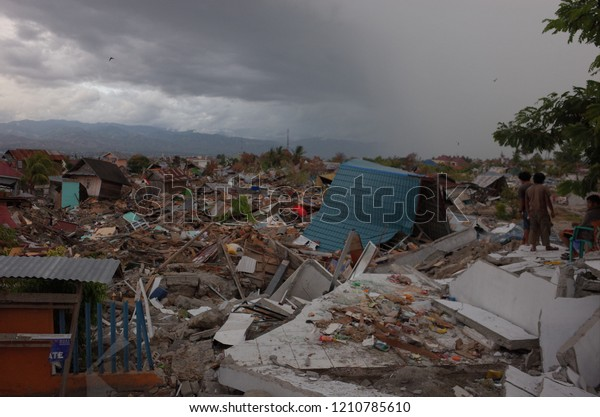 Palu Indonesia October 11th 2018 Houses Stock Photo (Edit