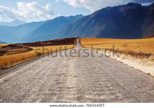 Foto De Stock Sobre Paisajes De Pampas En Cordillera De