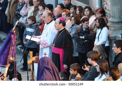 PAMPLONA, SPAIN - APRIL 1.  Oratory of the Archbishop of Pamplona on Thursday procession of holy week, taken image the april 1, 2010 in Pamplona, Spain.