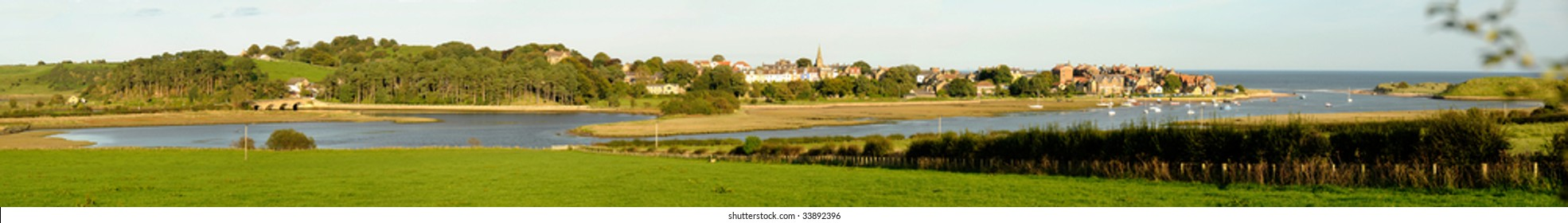 Panarama of the coastal town of Alnmouth in Northumberland, UK