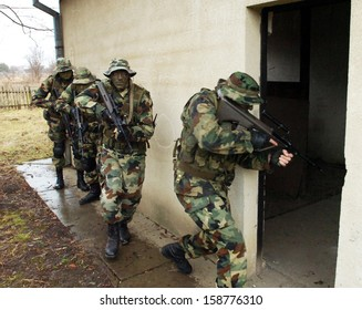 PANCEVO, SERBIA - CIRCA JANUARY 2007: Yugoslav army special force soldiers trains their skills, circa January 2007 in Pancevo