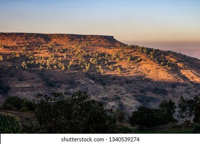 Panchgani, Maharashtra / India: Part of the Deccan plateau, nestled among the hills of Sahyadri mountain ranges. Known for it's Table land, a large flat expanse of volcanic laterite rock