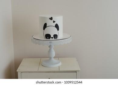 Panda bear birthday cak