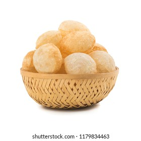 pani puri or golgappa made by fine flour and other spices, Panipuri is the favorite food of Indians and pakisthani