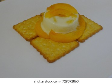 panna cotta with apricot