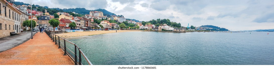 Panopramic view of Chspela village seafront in Redondela town, Vigo estuary
