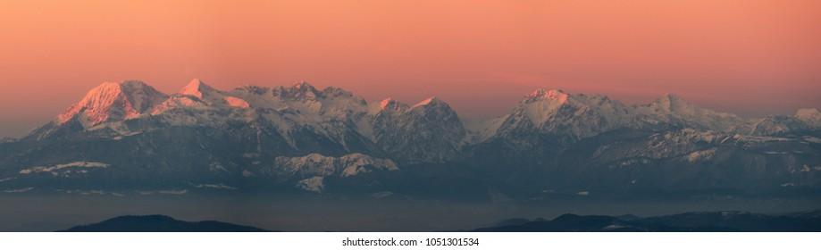 Panorama Kamniskoâ??Savinjske Alps