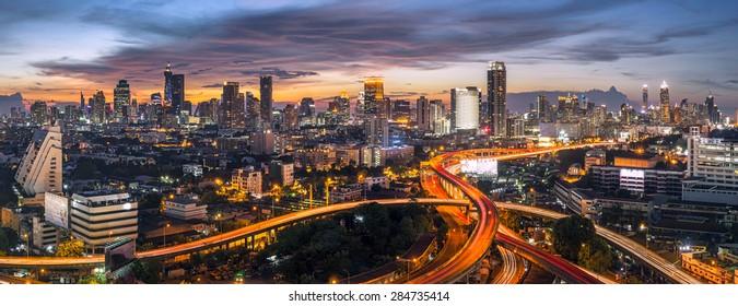 panorama bangkok city sunset trafic