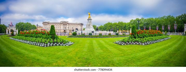 Panorama of Buckingham Palace in London, United Kingdom