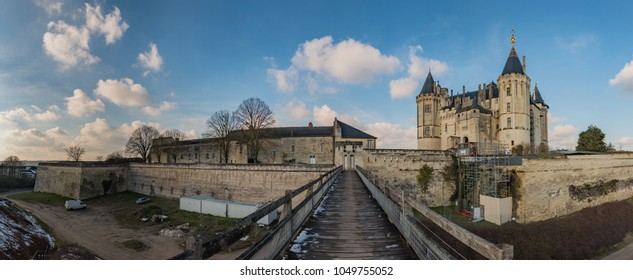 A panorama of the Castle of Saumur taken from the wooden bridge adjacent to it.