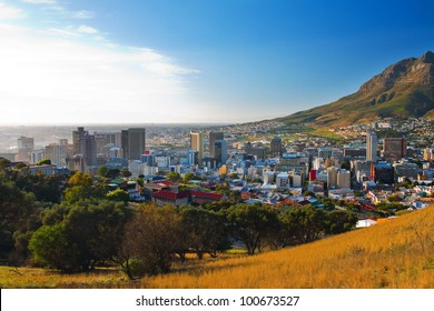 Panorama - Dawn in Cape Town city (South Africa)