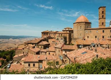 panorama de Volterra en toscane italie