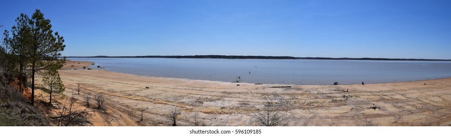 Panorama of Enid Lake in Mississippi