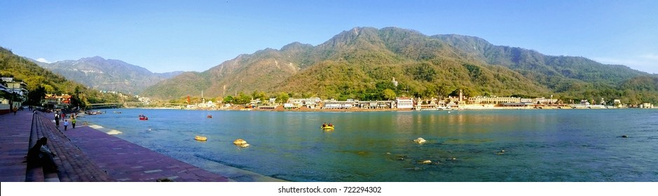 panorama of the Ganges River in Rishikesh, India
