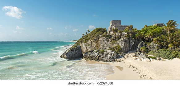 Panorama of the God of Winds temple in Tulum by the Caribbean Sea and its turquoise waters. Located in the state of Yucatan, Mexico.