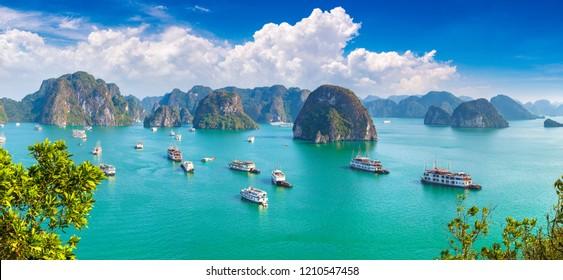 Panorama der Halon Bay, Vietnam im Sommer
