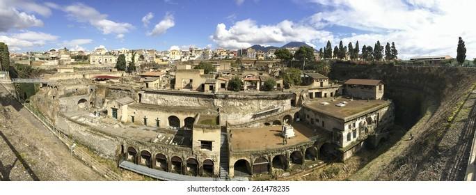 Panorama â?? Herculaneum, Ercolano, Naples, Italy