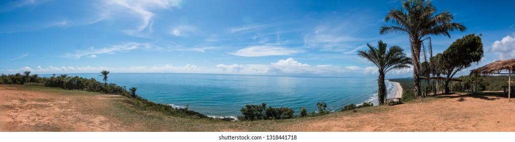 "panorama of ""itacarezinho"" beach, in itacaré, bahia, brazil"