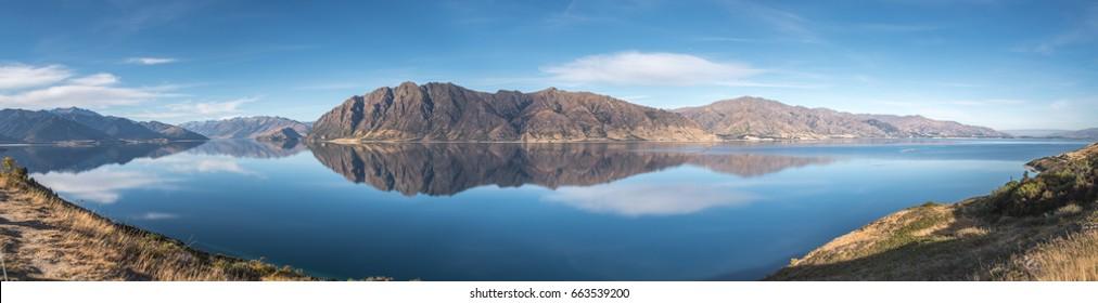 Panorama Lake Hawea, New Zealand
