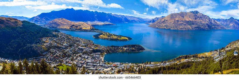 Panorama of Lake Wakatipu ,Queenstown, New Zealand: from the Skyline lookout