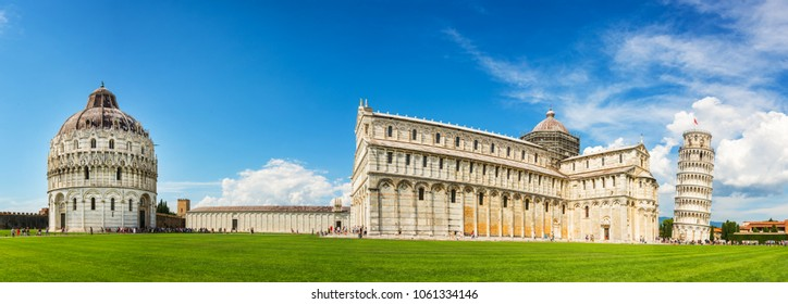 Panorama of the leaning tower of Pisa with the cathedral (Duomo) and the baptistry in Pisa, Tuscany, Italy