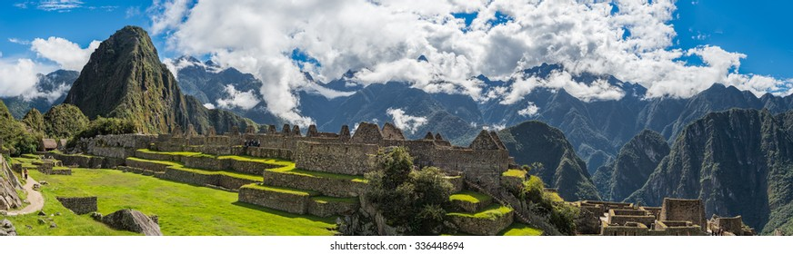 Panorama : Machu Picchu, Unesco World Heritage site and New 7 Wonder of the world, Cusco, Peru, South America