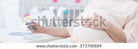 Women shitting photos