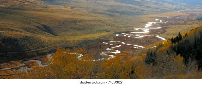 Panorama of the meanders of the East River, outside Crested Butte Colorado, in the Fall