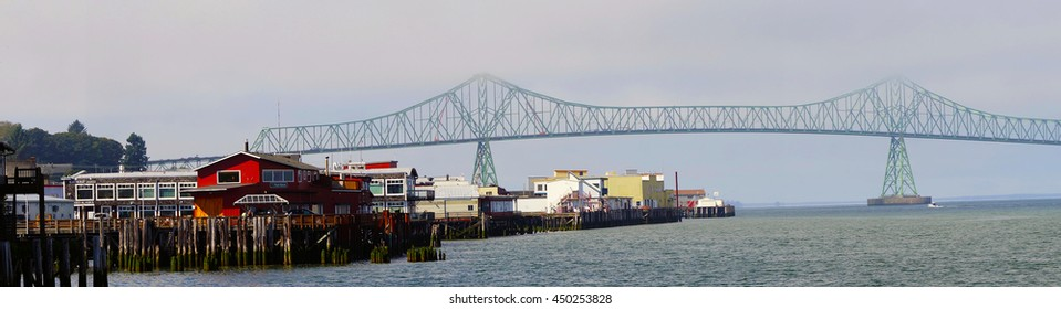 Panorama, Megler Bridge over the Columbia River,  Astoria, Oregon
