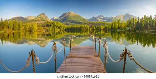 Panorama mountain lake, autumn, high-Tatry, Slovakia