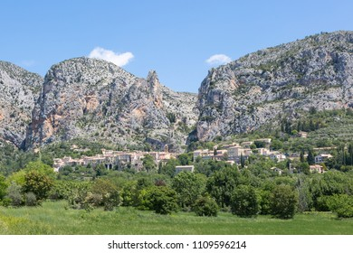 Panorama of Moustiers-Sainte-Marie in the region Alpes-de-Haute-Provence, France