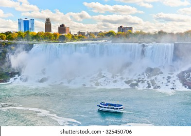 Panorama of Niagara Falls in autumn