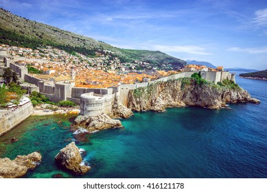 Panorama del casco antiguo de Dubrovnik en Croacia