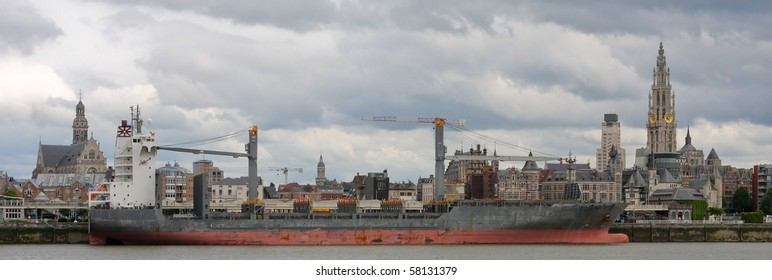 Panorama on Antwerp by the Scheldt
