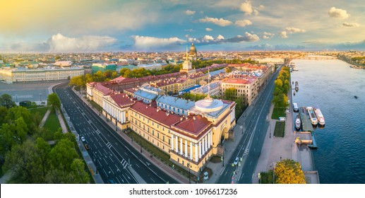 Panorama of Petersburg. Streets of St. Petersburg from the heights. Palace Embankment in St. Petersburg, Russia, Panorama of Russian Cities. Neva River.