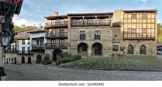 Panorama Santillana del Mar, medieval village in Cantabria, Spain