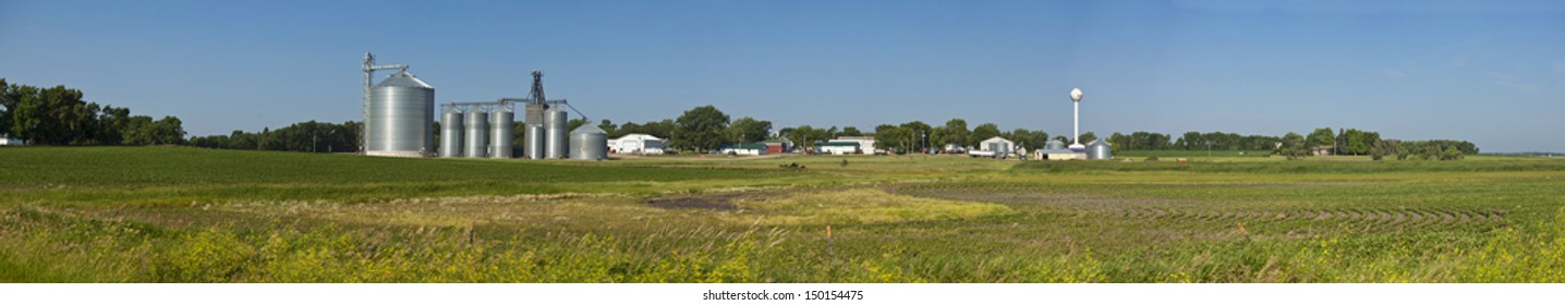 panorama of small town and field in south dakota,