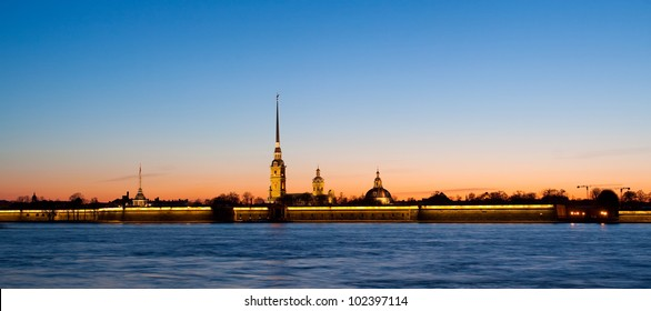 Panorama - Sunset in the city with a fortress (Saint-Petersburg, Russian Federation)